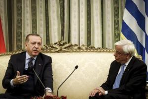 Παυλόπουλος: Ηχηρό μήνυμα προς τον Ερντογάν: «Αδιανόητα τα περί ανταλλαγής των Ελλήνων στρατιωτικών»