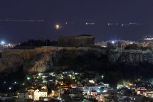 FAZ: Τίποτα δεν πηγαίνει καλά στην Ελλάδα – Άρθρο κόλαφος