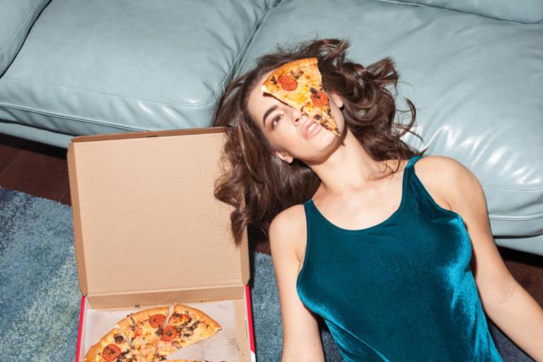 Τέσσερα μυστικά αδυνατίσματος που ΔΕΝ έχουν σχέση με το τι τρώτε στην δίαιτα | Newsit.gr