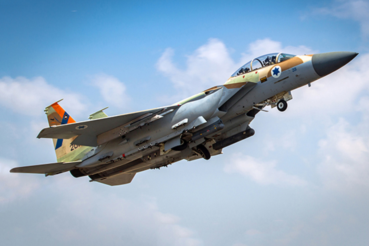 Το Ισραήλ βομβάρδισε την αεροπορική βάση στη Συρία – Διπλό χτύπημα από μαχητικά F-15 | Newsit.gr