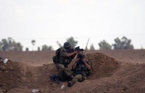 Ισραηλινοί υπουργοί υπερασπίζονται τον στρατιώτη που πυροβόλησε άοπλο Παλαιστίνιο στη Γάζα