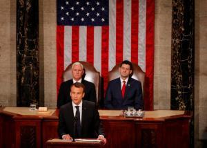 Μακρόν στο αμερικανικό Κογκρέσο: «Δεν θα αποχωρήσουμε από τη συμφωνία για τα πυρηνικά του Ιράν»