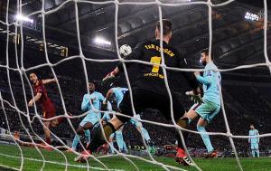 Champions League: Γκολάρα ο Μανωλάς, «ξερή» η Μπαρτσελόνα! [vid]