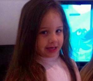 Κρήτη: Ραγίζει καρδιές ο πατέρας της μικρής Μελίνας – Η μαντινάδα πάνω από το μνήμα της κόρης του [pics]