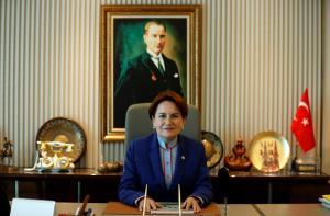 """Τουρκικές εκλογές: Η Ακσενέρ υπόσχεται να ανοίξει ξανά την… απαγορευμένη """"Wikipedia"""""""
