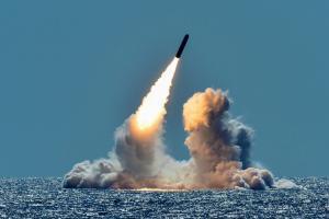 Επίθεση με πυραύλους δέχθηκε η Σαουδική Αραβία! Ισχυρές εκρήξεις στο Ριάντ