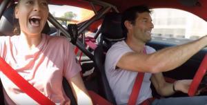 Η Porsche 911 GT2 RS και ο Mark Webber τρομάζουν τη Maria Sharapova! [vid]