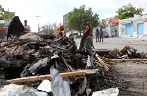 Λουτρό αίματος στην Σομαλία: Επτά νεκροί σε δύο βομβιστικές επιθέσεις