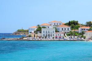 Der Standard: Νο 1 προτίμηση για διακοπές η Ελλάδα για τους Αυστριακούς