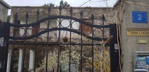 Ωραιόκαστρο: Εδώ κρατούσε ομήρους τα ξαδέλφια του – Νέες φωτογραφίες από το σπίτι – φυλακή [pics]