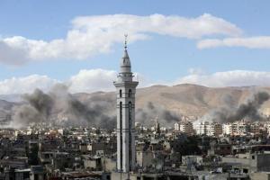 Κόλαση φωτιάς στη Συρία – Πύραυλοι χτύπησαν αεροδρόμιο μετά την επίθεση με χημικά στη Ντούμα