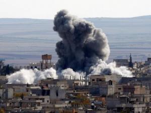 Επίθεση στη Συρία – 14 νεκροί στην αεροπορική βάση Τ4 – ΗΠΑ, Γαλλία και Ισραήλ διαψεύδουν πλήγμα κατά του Άσαντ