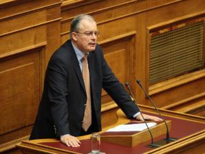 Χαμός με τη δήλωση Τασούλα πως «μπλέξαμε πολύ άσχημα με δημοκρατικό τρόπο»