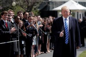 Τραμπ: Νέα επίθεση στην Amazon και τη Washington Post