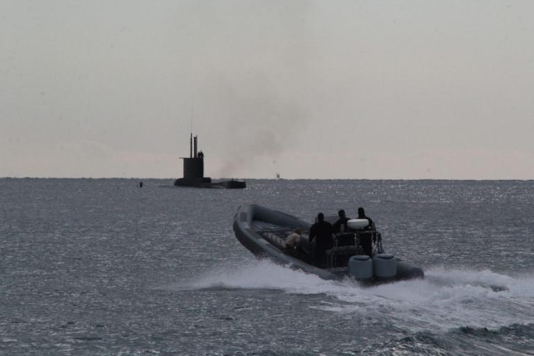 «Παγωμάρα»! Η Αγγλία έστειλε υποβρύχια σε απόσταση βολής από την Συρία! | Newsit.gr