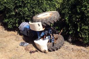 Κεφαλονιά: Σκοτώθηκε με το τρακτέρ που οδηγούσε – Ο λάθος υπολογισμός στην κλίση του εδάφους!