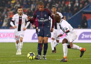 L' Equipe: «Τιμωρία της Παρί Σεν Ζερμέν για το Fair Play Financial»
