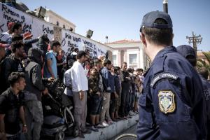 Λέσβος: Νέα έκκληση για απομάκρυνση προσφύγων και μεταναστών – Φόβοι για χειρότερες καταστάσεις!