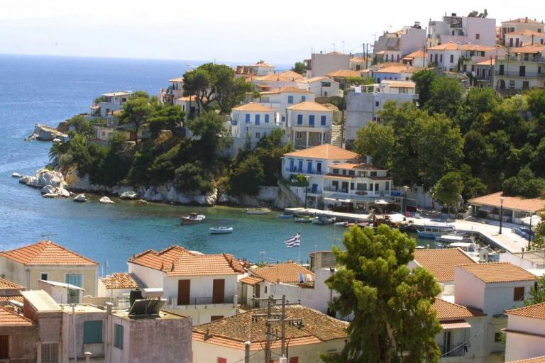 Σκιάθος: Άναψαν φωτιές οι έλεγχοι για φοροδιαφυγή – Οι κινήσεις των εφοριακών στο νησί! | Newsit.gr