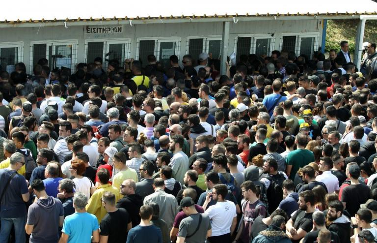 ΑΕΚ – ΠΑΟΚ: Εξαντλήθηκαν τα «κιτρινόμαυρα» εισιτήρια του τελικού | Newsit.gr