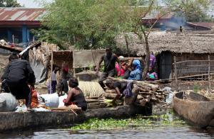 Τραγωδία στο Κονγκό: 49 νεκροί από ανατροπή βάρκας