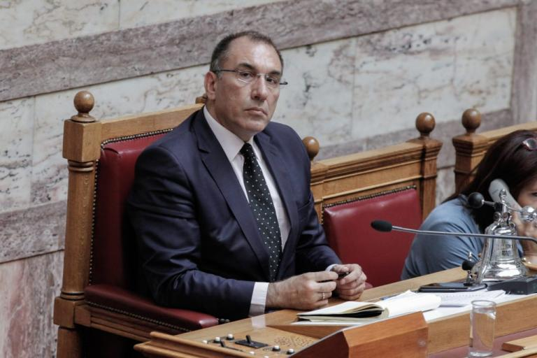 Άρπαξαν το αυτοκίνητο του Δ. Καμμένου μέσα από το πάρκινγκ – Τι λέει ο βουλευτής [vid] | Newsit.gr