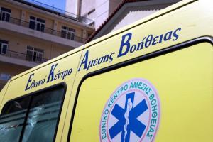 Αμαλιάδα: Διασωληνωμένος νεαρός που έπεσε από τον δεύτερο όροφο