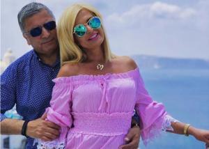 Γιώργος και Μαρίνα Πατούλη: Ρομαντική απόδραση στη Σαντορίνη! [pics,vid]