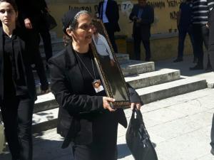 Χανιά: Ένταση στα δικαστήρια από την αναβολή της δίκης για το θάνατο του 23χρονου [vid]