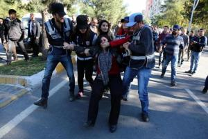 Τουρκία: 65 συλλήψεις στην Πολεμική Αεροπορία!