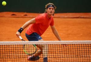Roland Garros: Έπεσε… μαχόμενος ο Τσιτσιπάς