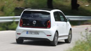 Αξίζει τα θρυλικά διακριτικά GTI η σπορ έκδοση του VW up!; [pics]