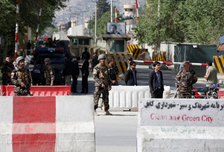 Αφγανιστάν: Τρεις ισχυρές εκρήξεις στην Καμπούλ   Newsit.gr