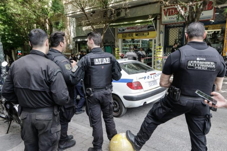 Επιχείρηση «σκούπα» στον Πειραιά   Newsit.gr