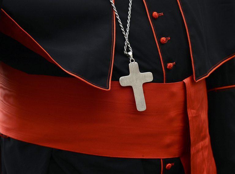 Παραιτήθηκαν 34 επίσκοποι μετά από τα σεξουαλικά σκάνδαλα στο Βατικανό | Newsit.gr