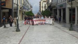 Έλεγχοι και διαμαρτυρίες για τα ανοιχτά μαγαζιά στην Πάτρα