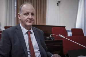 Επικεφαλής ΣΕΥΥΠ: «Πάρτι» στην Υγεία με υπερκοστολογήσεις φαρμάκων