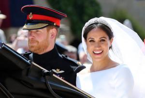 Μέγκαν Μαρκλ: Γεννημένη πριγκίπισσα και το απέδειξε στην πομπή! [pics, vids]