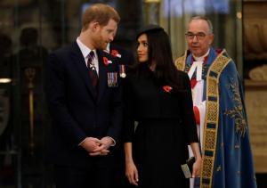 Ο πρίγκιπας Κάρολος θα παραδώσει τη Μέγκαν Μαρκλ στον Χάρι