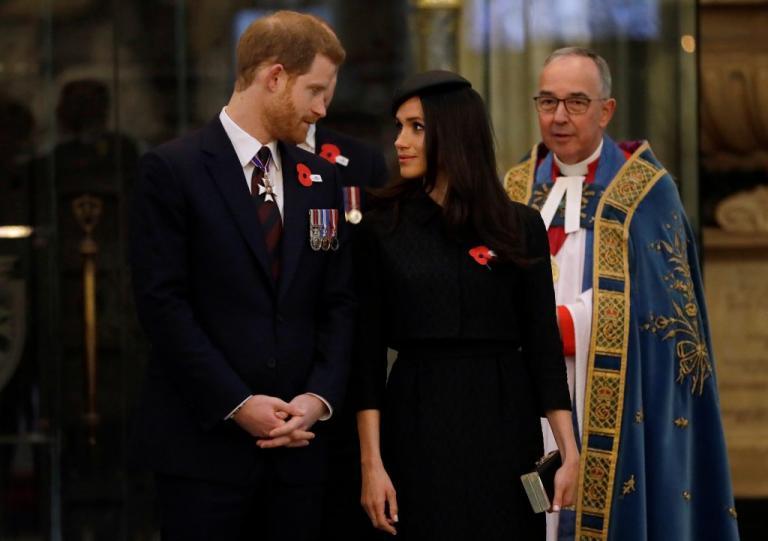 Ο πρίγκιπας Κάρολος θα παραδώσει τη Μέγκαν Μαρκλ στον Χάρι   Newsit.gr
