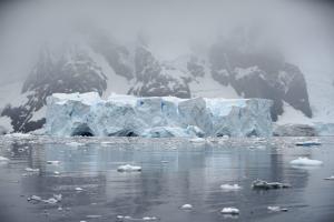 Ανταρκτική: Ανακαλύφθηκαν τρία γιγάντια φαράγγια κάτω από τους πάγους!