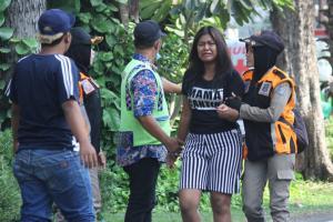 Ινδονησία: Έστειλαν παιδιά να σκορπίσουν θάνατο!  – Σοκαριστικές εικόνες