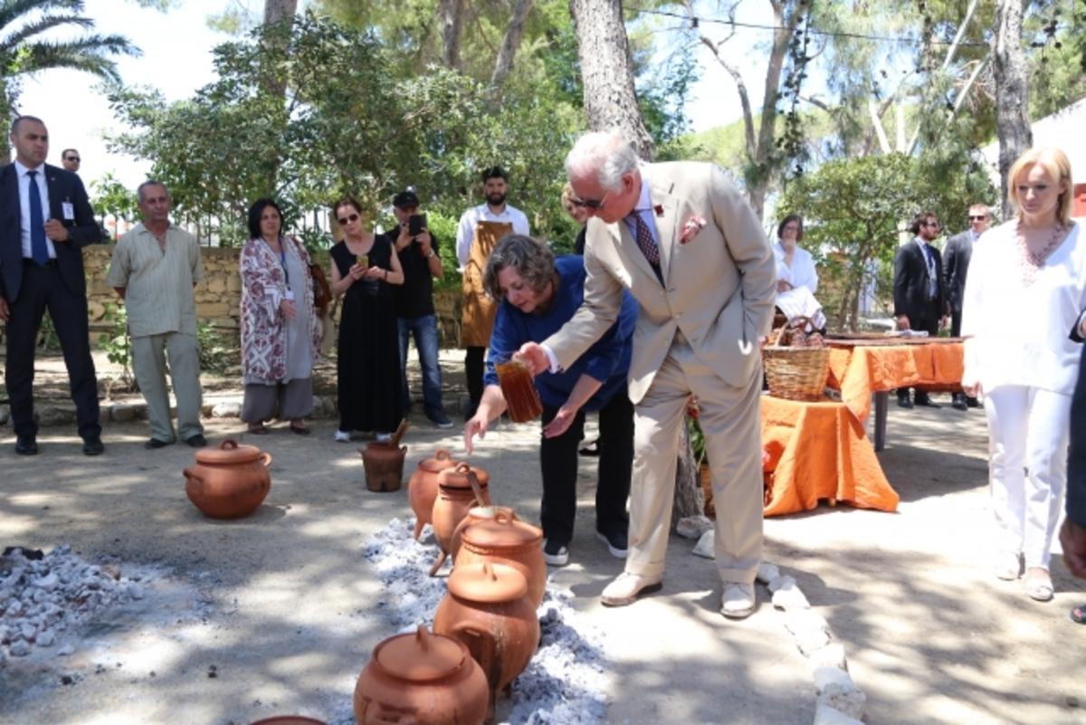 Κάρολος – Καμίλα: Καρέ – καρέ η επίσκεψη στην Κρήτη [pics]