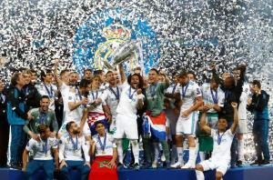 Ρεάλ, πάλι τα ίδια! Κατακτητές του Champions League οι Μαδριλένοι! Μπέιλ και… Κάριους «γονάτισαν» τη Λίβερπουλ