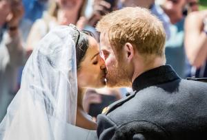 Πρίγκιπας Χάρι – Μέγκαν Μαρκλ: Ο γάμος τους έβαλε «φωτιά» στο twitter! Εκατομμύρια «τιτιβίσματα»