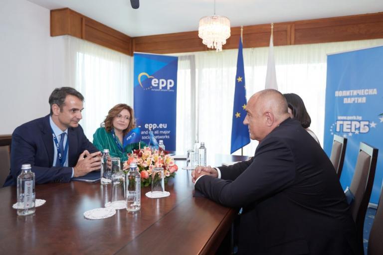 Μητσοτάκης για Σκοπιανό: Προϋπόθεση η συνταγματική αλλαγή στη γειτονική χώρα | Newsit.gr