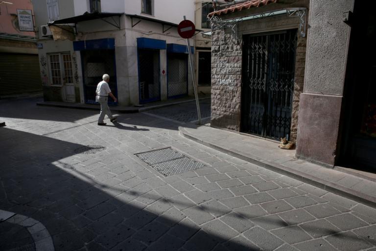 Κατέβασε ρολά στον Τσίπρα η Λέσβος – Έρημη η αγορά της Μυτιλήνης – Κλειστά καταστήματα [pics] | Newsit.gr