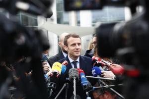 Πλώρη για άνετη πρωτιά Μακρόν στις ευρωεκλογές – Καλπάζει το κόμμα στις δημοσκοπήσεις