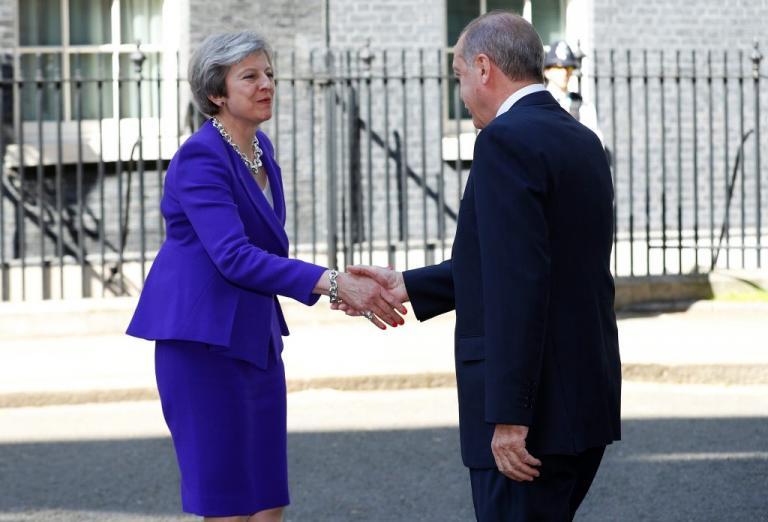 Τους άφησε άφωνους ο Ερντογάν – Σε σοκ στην Βρετανία οι διαχειριστές ξένων fund με την απόφασή του να τα βάλει με τις διεθνείς αγορές | Newsit.gr