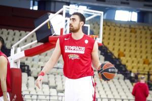 «Μέσα» ο Μιλουτίνοφ στον Ολυμπιακό! Έτοιμος για τα ημιτελικά ο Σέρβος